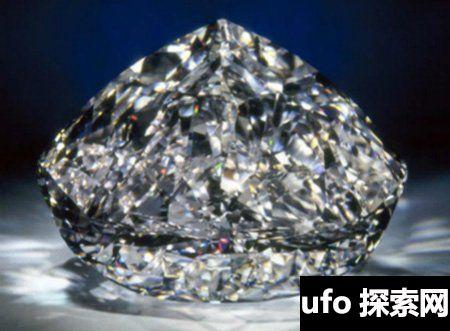 世界上最大的钻石你知道有多大吗 传说比鸽子蛋