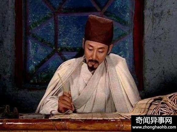 李淳风和袁天罡是师徒关系,能力上袁天罡甩他